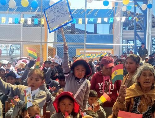 """Más de 110.000 estudiantes de Oruro recibirán el bono anual """"Juancito Pinto"""""""
