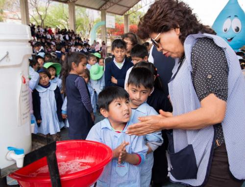 Bolivia celebra el Día Mundial del Lavado de Manos con demostraciones