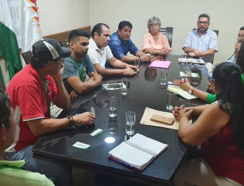 Productores indígenas de asaí buscan apoyo del MMAyA
