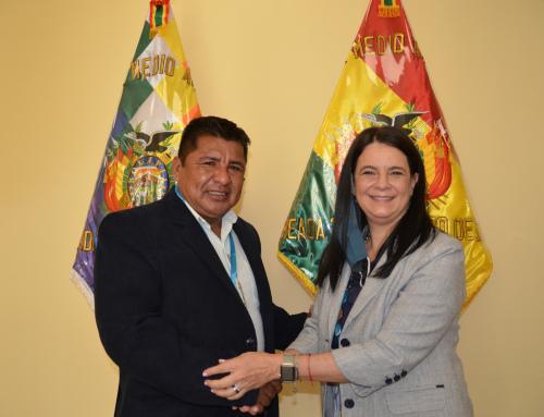 Ministro Santos Cruz se reúne con representantes del Banco de Desarrollo de América Latina para analizar programas y proyectos