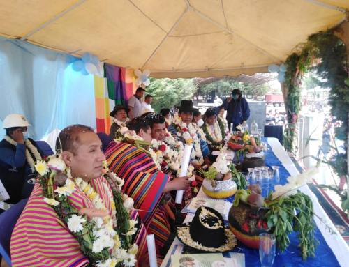 MINISTRO JUAN SANTOS CRUZ ENTREGA EL PROYECTO «CONSTRUCCIÓN CANALES DE RIEGO RIVERAS DEL RÍO ARQUE – CAPINOTA»